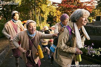 """爆誕!「寂しくっても賑やか」な新・ひとり暮らしのすゝめ。田中裕子主演『おらおらでひとりいぐも』""""シニア映画"""" のイメージを覆す! ユーモラスな日常を捉えた場面写真一挙公開!"""
